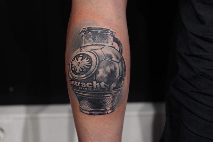 Eintracht Frankfurt Bembel Unterarm Tattoo