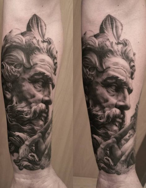 Engel Black and Grey Tattoo