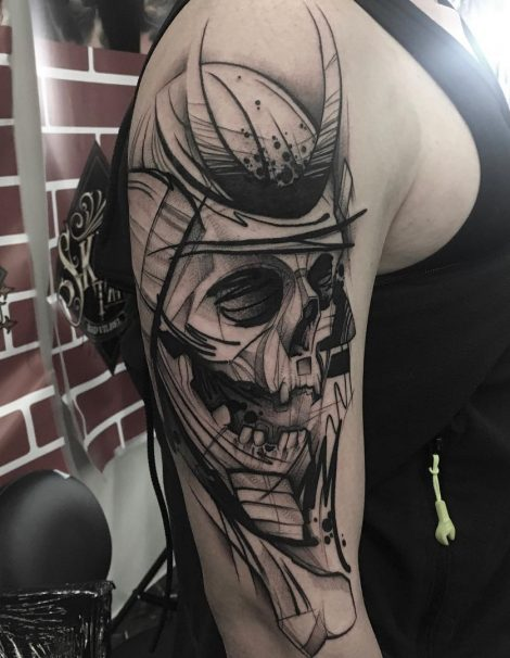 Sketch Abstract Tattoo Totenkopf mit Hörnern