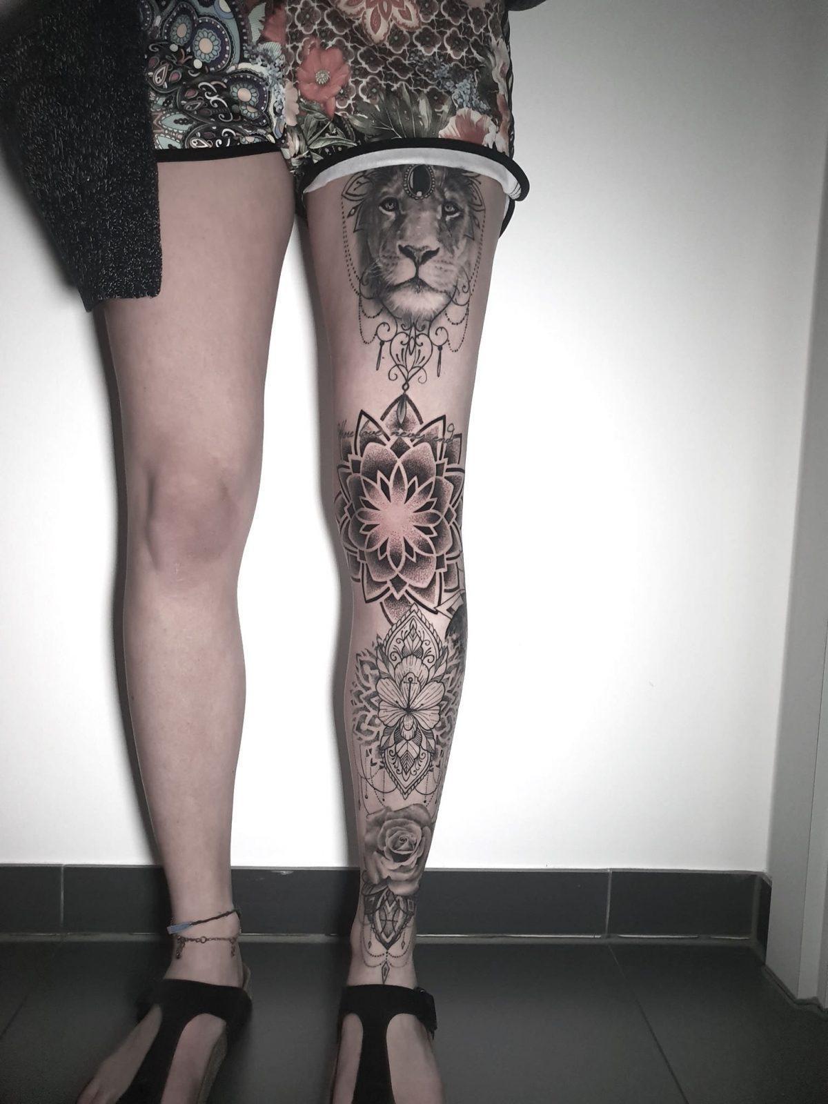 Tattoos frau bein